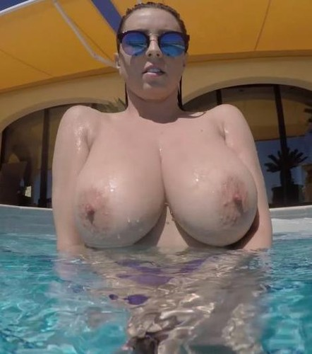 Ewa Sonnet – Unhook My Bikini Top Big Boobs FullHD 1080p