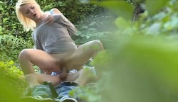 This Dude Somehow Found An Hot Spot In An Public Park Where Couples Go To Have An Fuck Outdoor See Three Couple Caught And Recorded While Having Sex In The